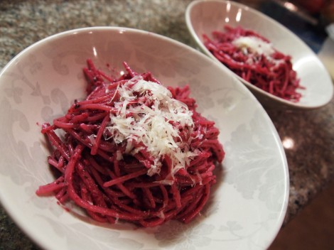 Roasted Beet Pesto and Brown Rice Pasta | How I Ate My Box