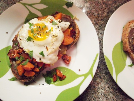 Sweet Potato and Refried Black Beans with Fried Eggs | How I Ate My Box